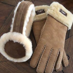 UGG gloves orig(140) ear muffs (100)